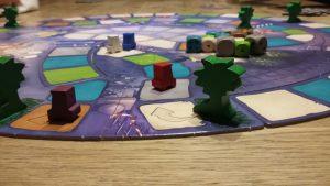 Bild: Spielfeld mit Spielfiguren