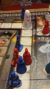 Bild: Spielplan-Ausschnitt mit Spielfiguren und Schloßgespenst