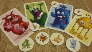 Bild: Monsterkarten und Monsterplättchen