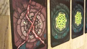 Bild: Spielkarten nebeneinander liegend