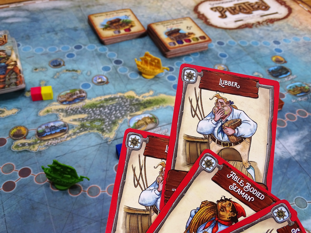 Die Karten sind mit Comic-Piraten illustriert