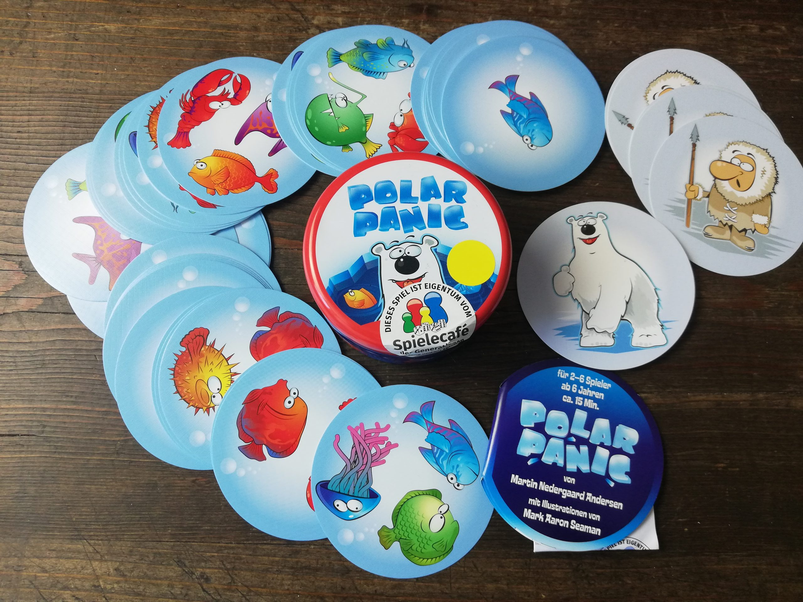 Polar Panic Dose und Spielkarten