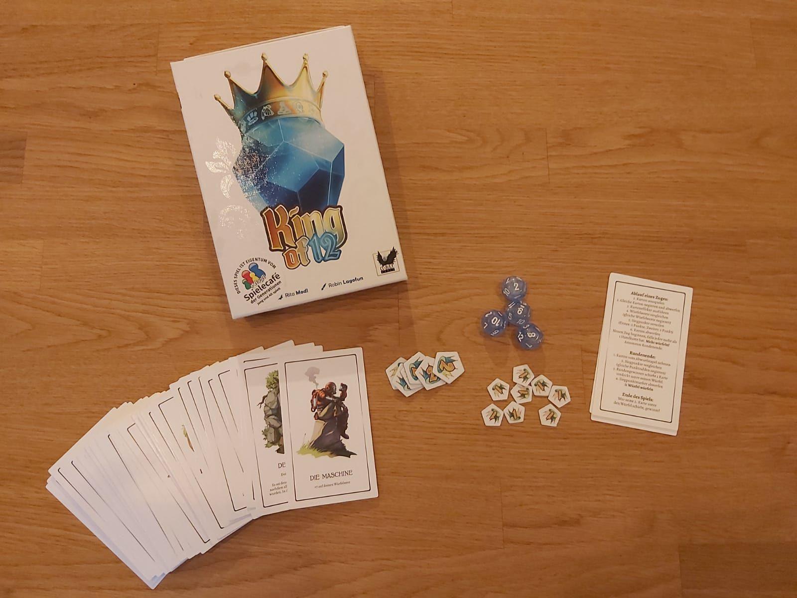 King of 12: das gesamte Spielmaterial sowie die Verpackung