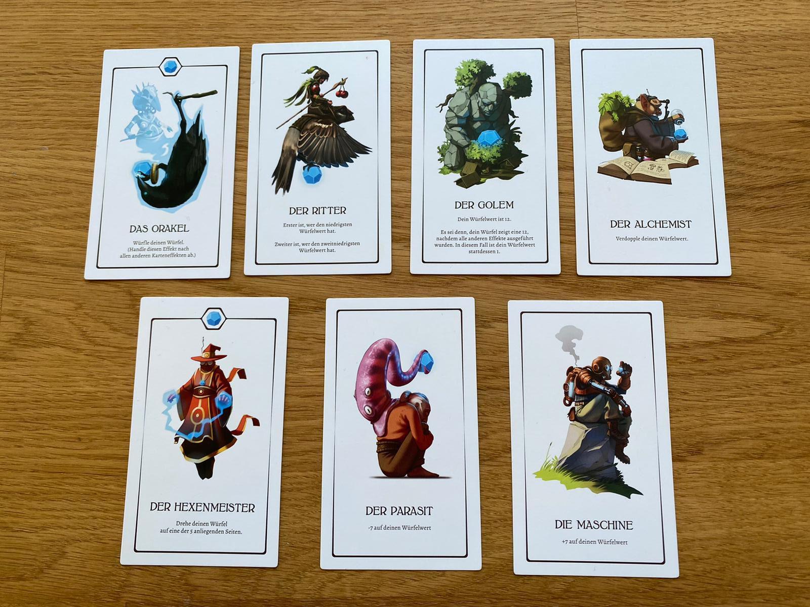 Zu sehen ist die empfohlene Startkartenhand aus 7 Karten