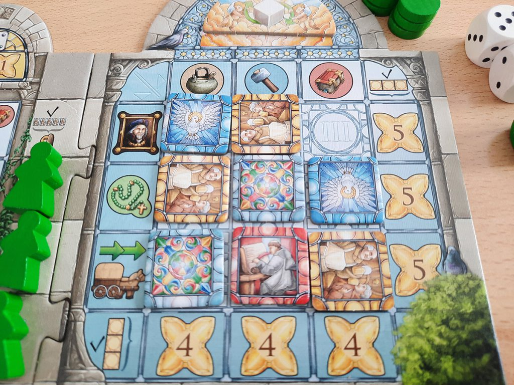 Monasterium - Spielertableau-Detail, Belohnungen für Fenstermalerei