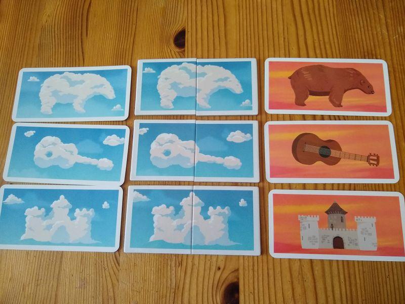 Wolkenplättchen mit passenden Bildkarten