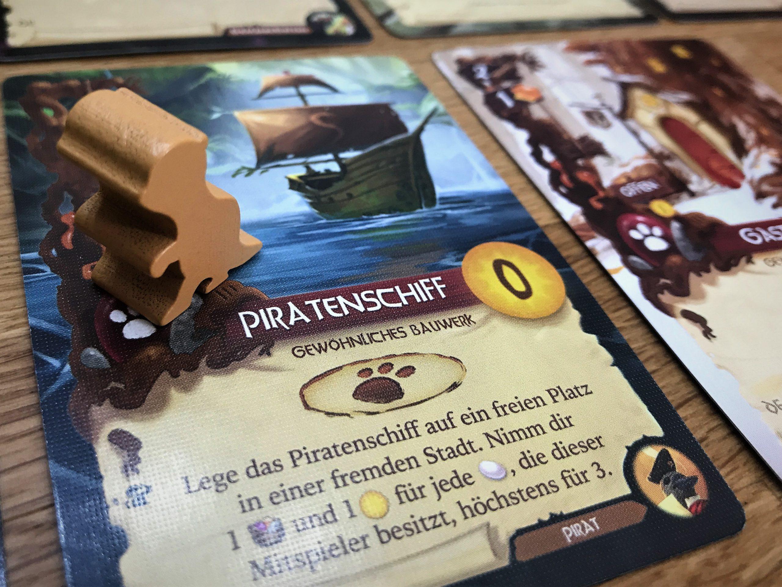 Der neue Otter und die neue Karte Piratenschiff