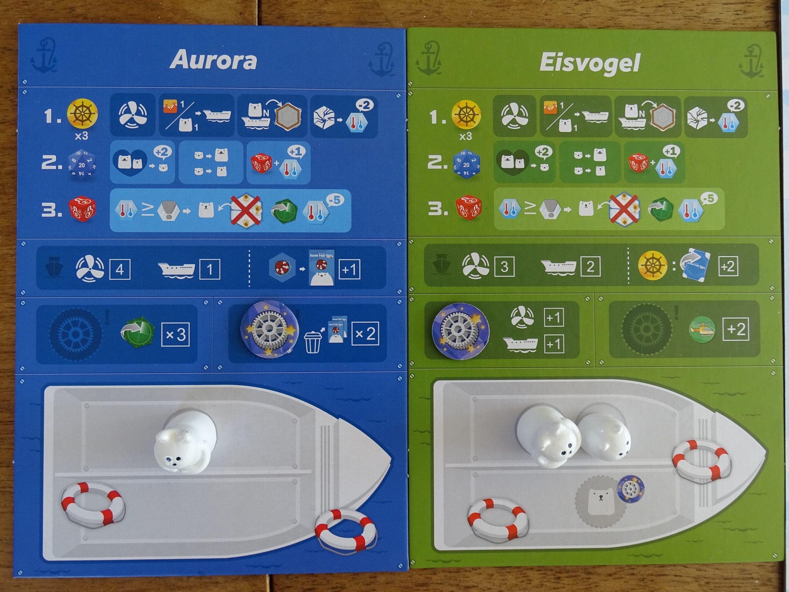 Die Boards der Boote tragen zahlreiche Symbole
