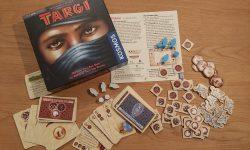 Zu sehen ist das Spiel Targi mit dem gesamten Material.